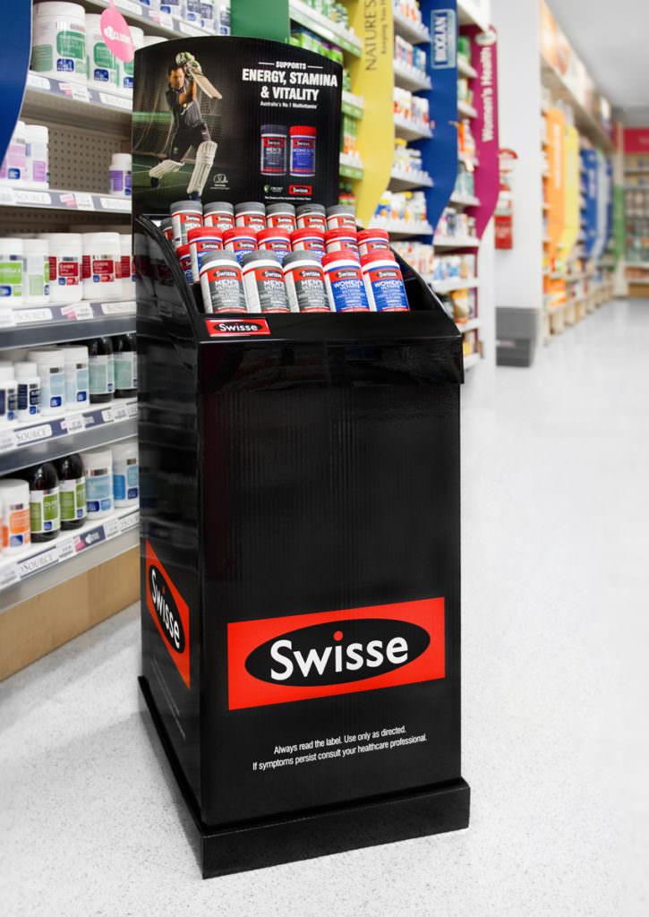 RoomOne_SwisseVitmains_DisplayStand_03