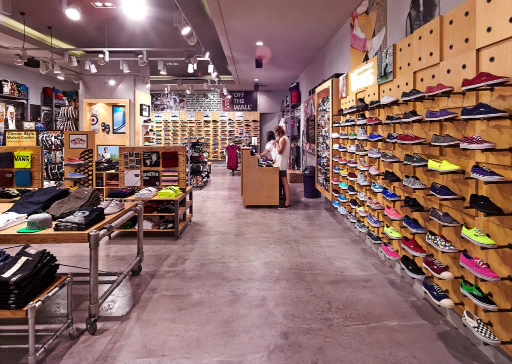 RoomOne_VANSShoes_Store_04