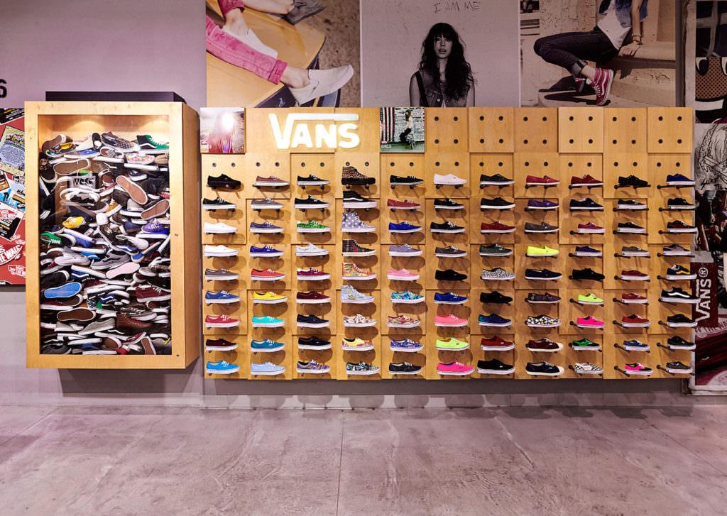 RoomOne_VANSShoes_Store_05